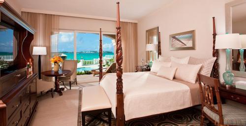 Sandals Royal Bahamian Resort & Spa BAHAMAS